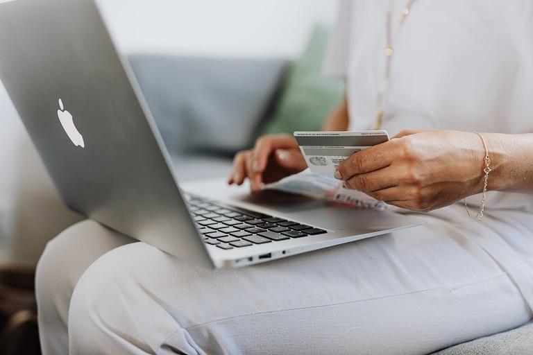 5 Black Friday Safe Online Shopping Tips